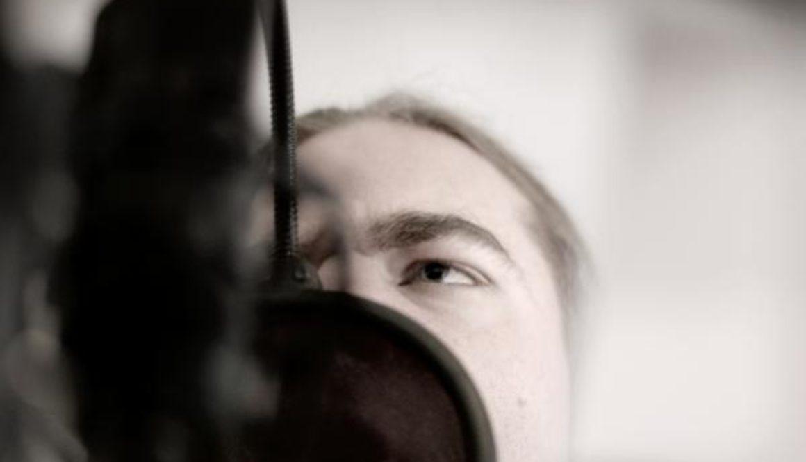 Thomas Hubert, growling voice